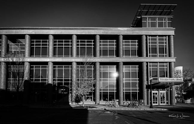 Princeton Public Library | 6 November 2019 | Day 33 of 2019 iPhone 365 | Apple iPhone 11 Pro | iPhone 11 Pro back camera 1.54mm f/2.4 | ISO 20
