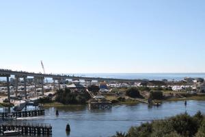 Days at the Docks Fest: Holden Beach
