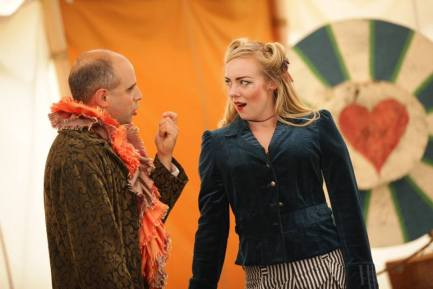 David Meyer (Benedick) and Olena Hodges (Beatrice), Much Ado About Nothing, 2013 (Photo by Michael Stadler)