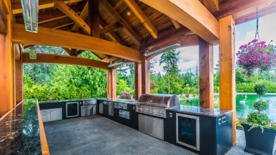 Western Red Cedar Outdoor Kitchen | Island Timber Frame
