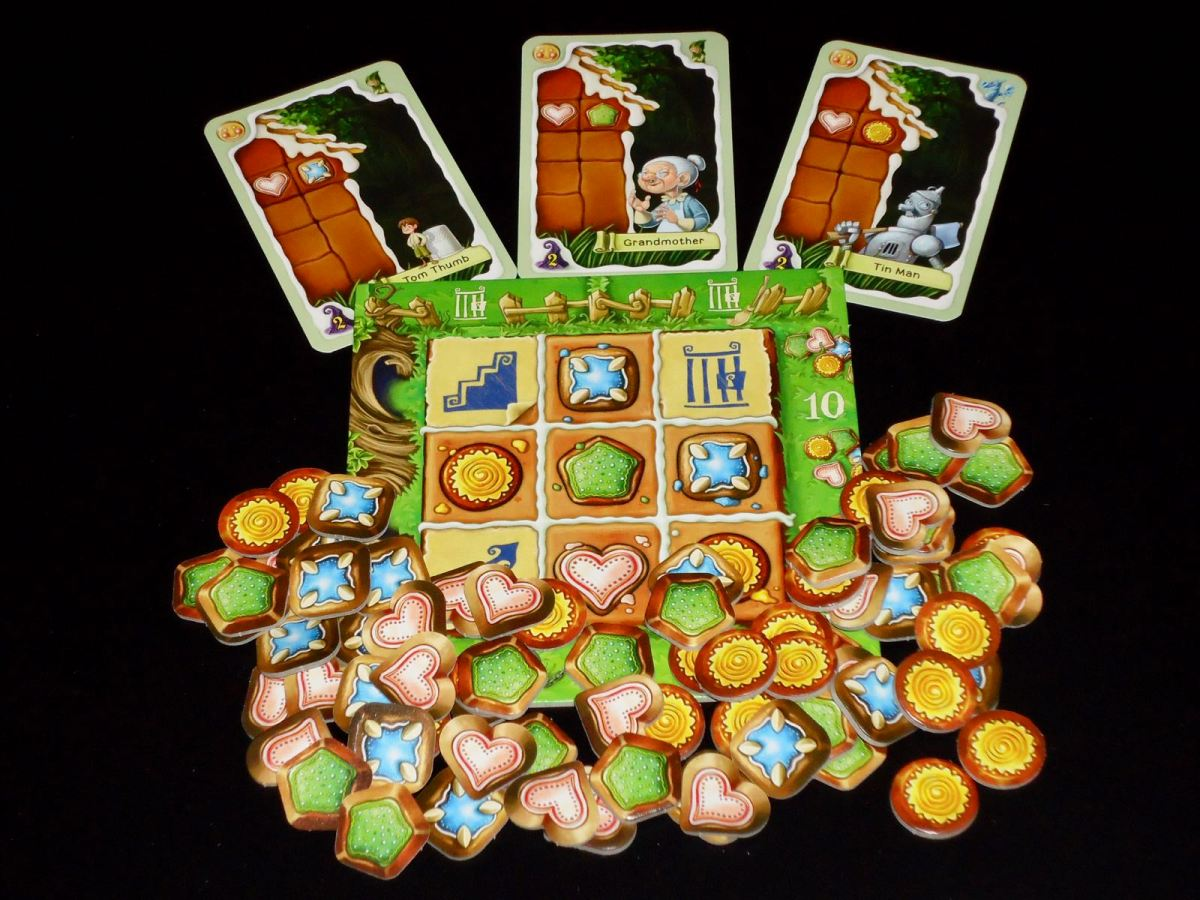 Review: Gingerbread House image