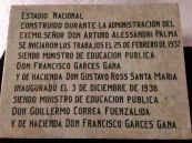 Placa conmemorativa en el Estadio Nacional de Chile
