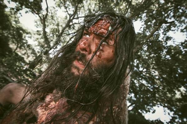 José Casas interpreta a Cror