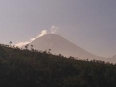 Gunung....