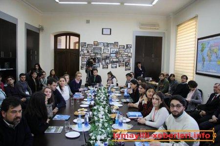 IV Beynəlxalq multikulturalizm qış məktəbinin iştirakçıları ilə görüş