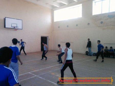 Məktəblilər arasında basketbol yarışı keçirilib