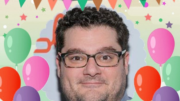 January 31 – Bobby Moynihan gets a crow's attack