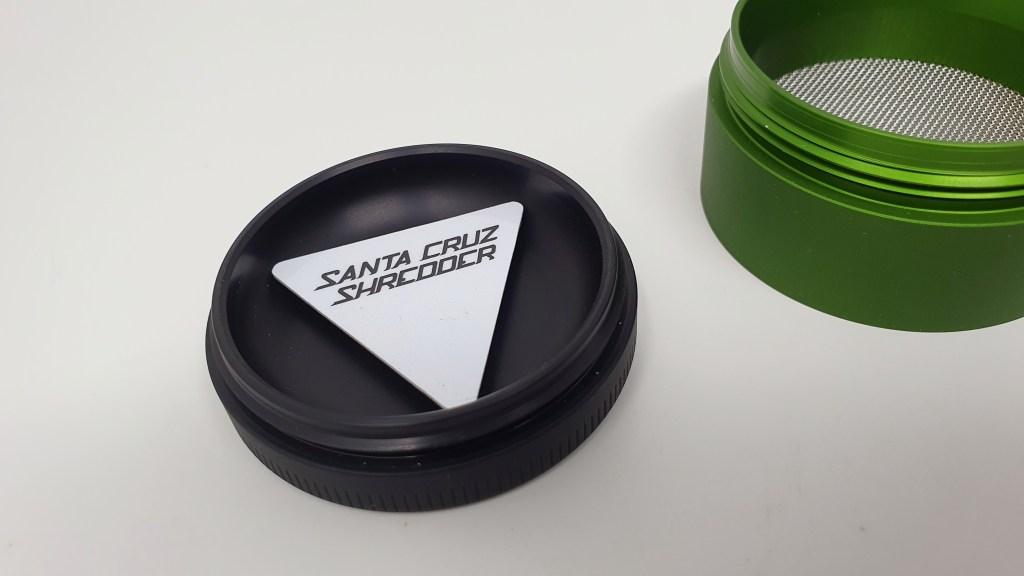 , Santa Cruz Shredder – Grinder Review, ISMOKE