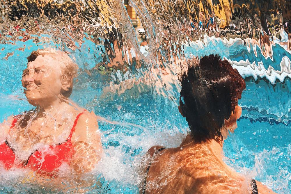 Marco Andrés Argüello: Retratos análogos de un viaje alrededor del mundo bañados de sol y verano