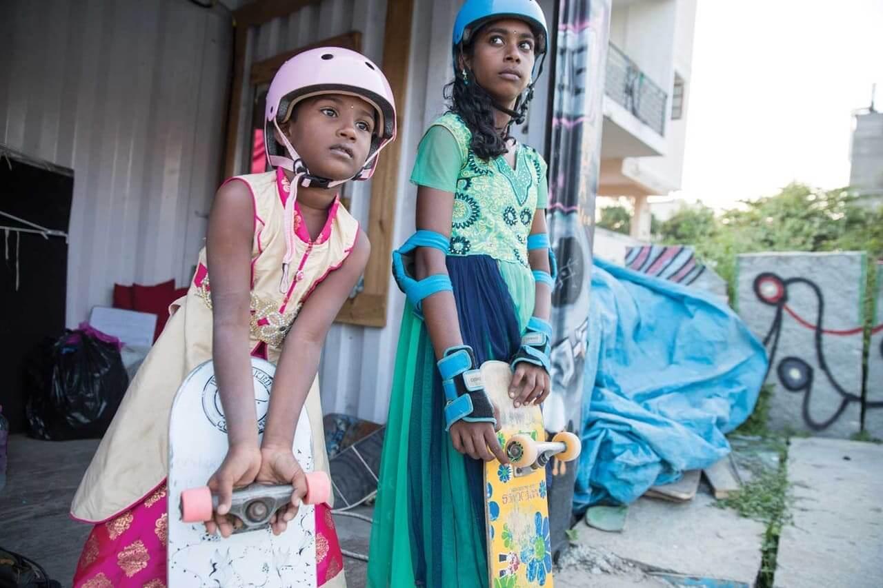 """Vans empodera con skateboarding a las niñas y adolescentes de la India en el corto """"Off The Wall"""""""