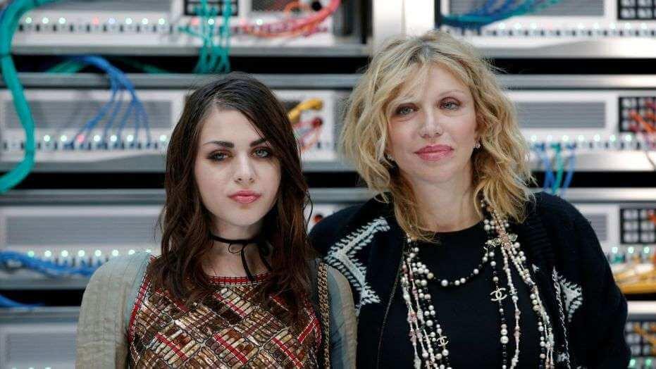 Los detalles más dementes de la demanda del ex de Frances Bean Cobain contra Courtney Love