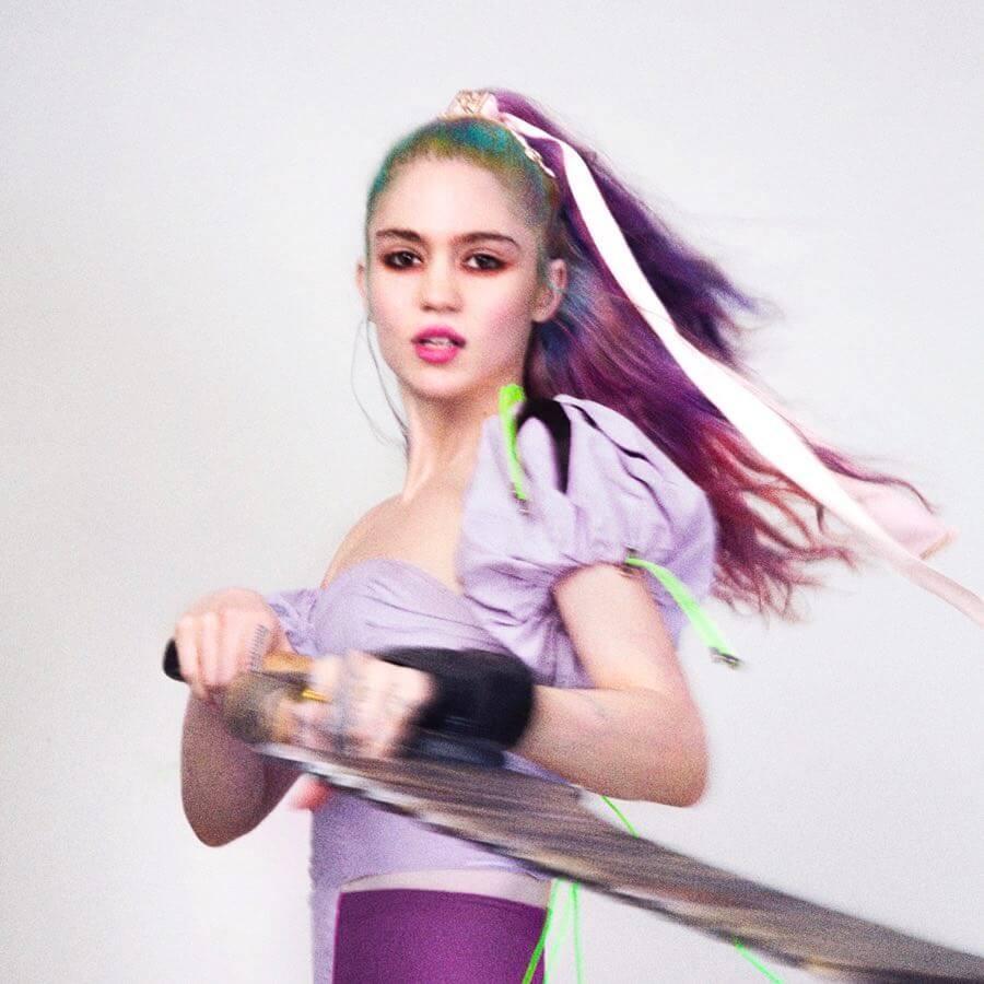 """Grimes regresa con su primer single en 3 años: """"We Appreciate Power"""""""