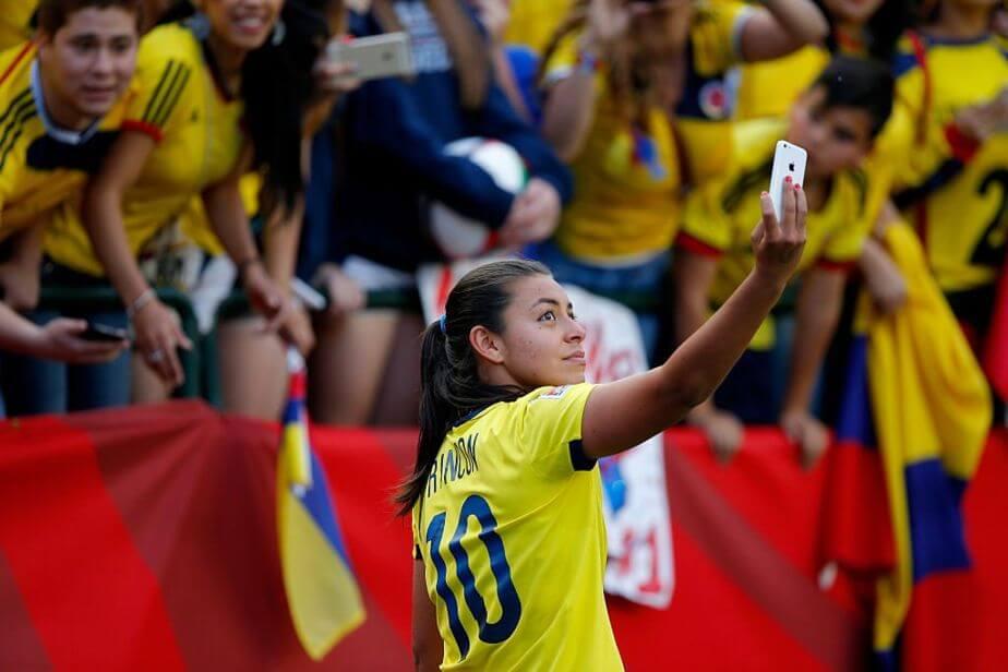 """""""Es caldo de cultivo del lesbianismo"""": así calificó al fútbol femenino un directivo colombiano"""