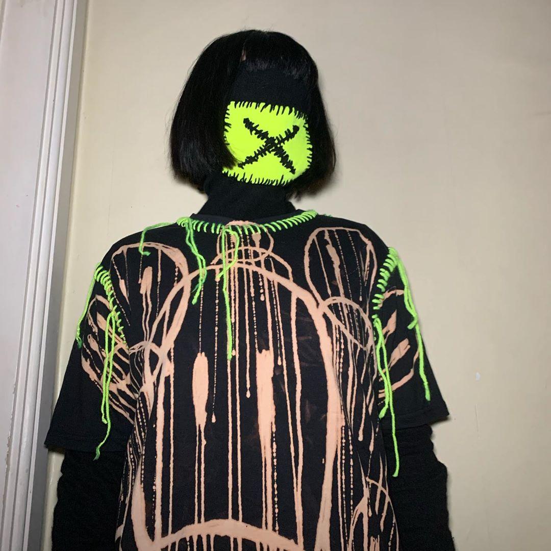 Conoce a Martin Dee, el diseñador que nos viste para el apocalipsis con su marca Tein Clothing