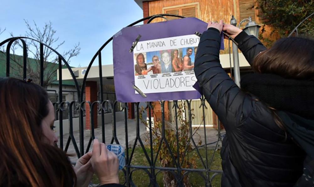 """Argentina: Violación grupal a menor de 16 años queda impune porque el fiscal lo calificó de """"desahogo sexual"""""""