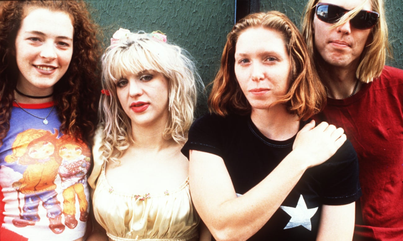 ¿Está Courtney Love tramando una reunión de Hole?