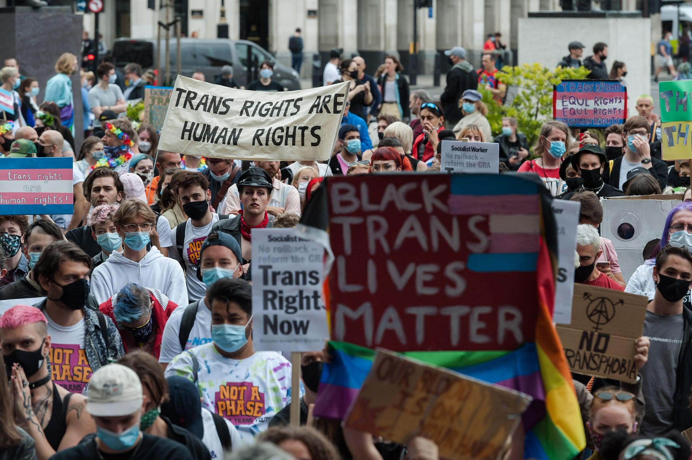 Día Internacional de la Memoria Trans: Sigue la batalla a pesar de los crímenes de odio y el desamparo ante la ley