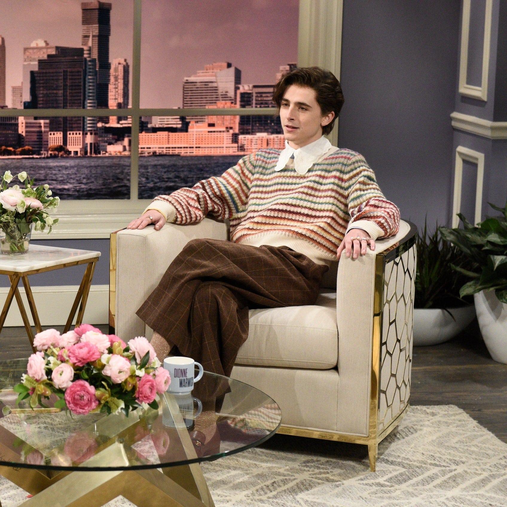 """Timothée Chalamet deslumbró en """"SNL"""" gracias a su imitación de Harry Styles"""