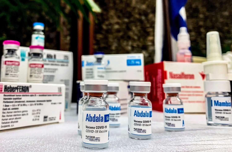 Coronavirus: Cuba comienza la inmunización de su población con su propia vacuna; Brasil rompe récord con más de 3.000 fallecidos en un día
