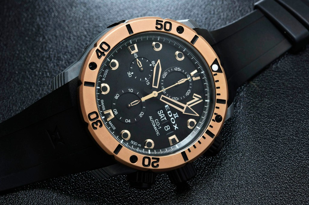 Edox Automatic Chronograph Carbon C-01 - gold