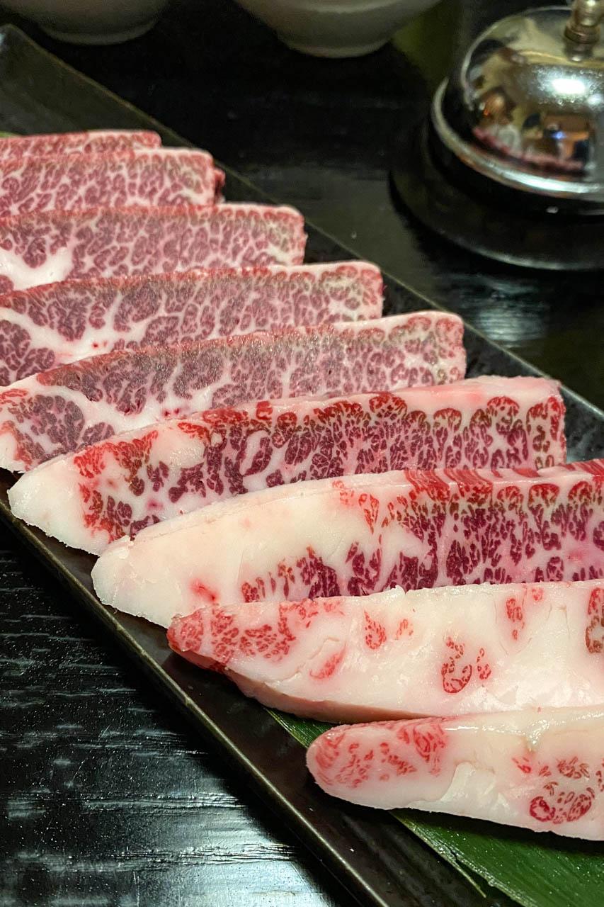 肉割烹29 ともさんかく