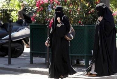 Islam Belgio Burqa
