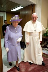 Papa Francisco e do Queen Elizabeth