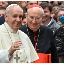 Papst und Vallini 5