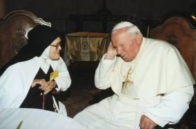 Carme Jean-Paul II et de Sœur Lucie 2000-001
