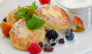 Сырнички с изюмом - вкусный завтрак или сытный ужин для ваших деток!