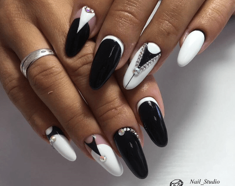 image12-1 | Черно-белая классика: идеи маникюра для элегантных девушек