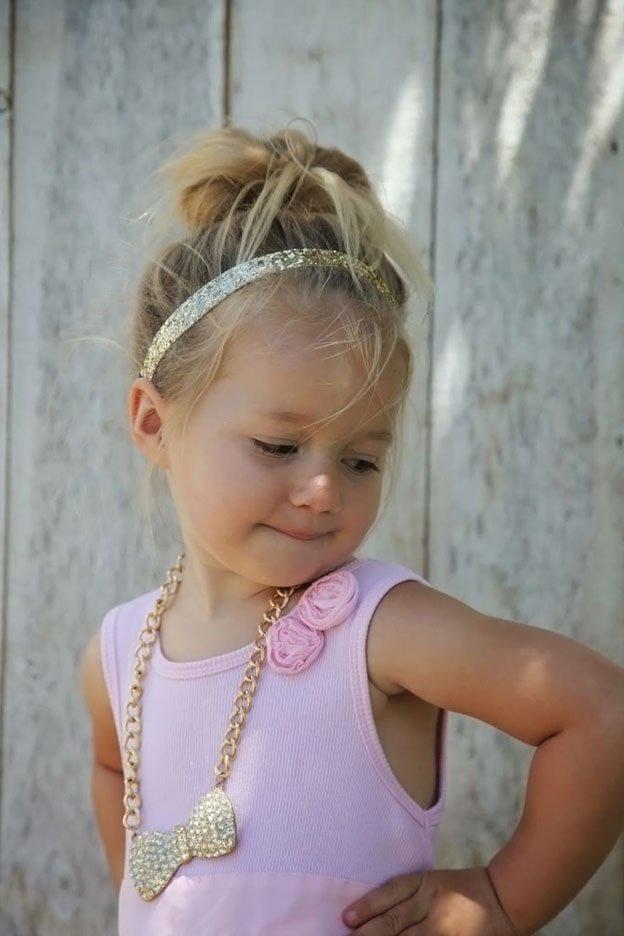image17-4   Для маленьких принцесс: 35 шикарных причесок на короткие волосы!