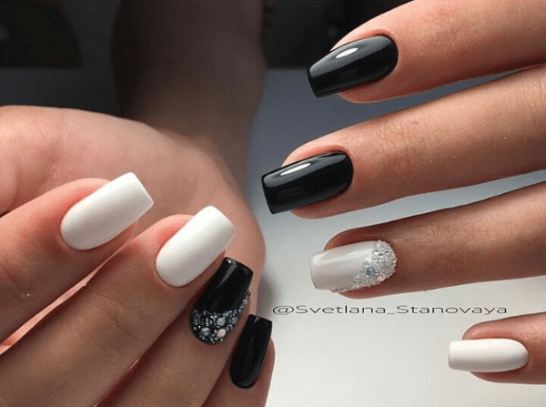 image27-1 | Черно-белая классика: идеи маникюра для элегантных девушек