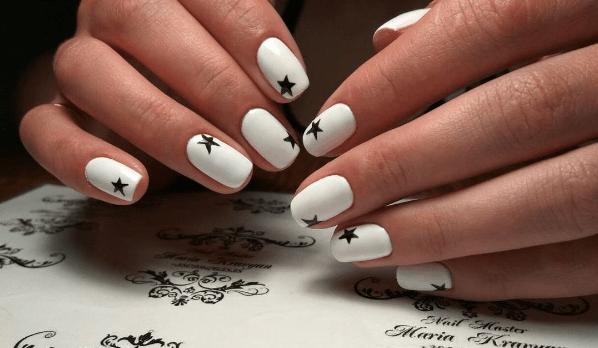 image36 | Черно-белая классика: идеи маникюра для элегантных девушек