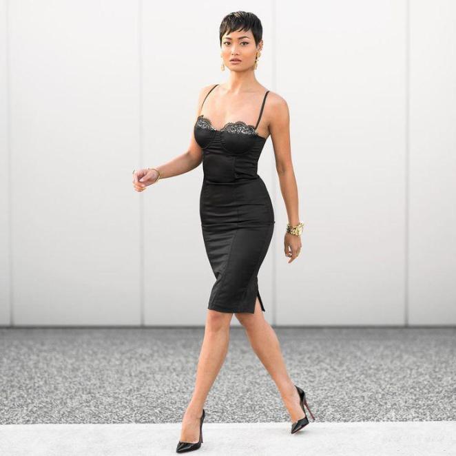 image6-68 | 10 платьев, которые войдут в моду в 2018