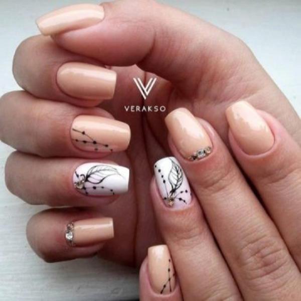 image1-125 | Красивые ногти с украшениями на весну-лето 2018