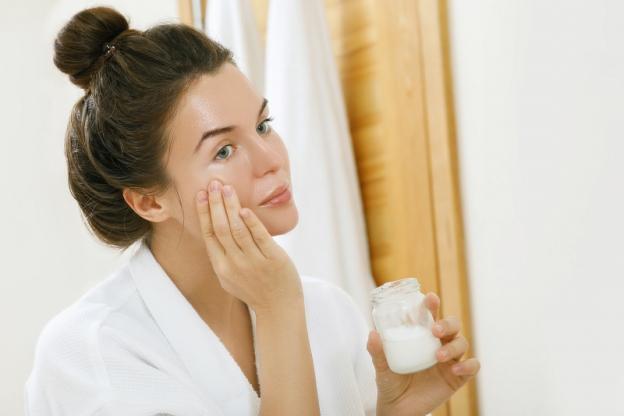 image1-130 | 7 эфирных масел, которые буквально «сотрут» морщины с вашего лица!