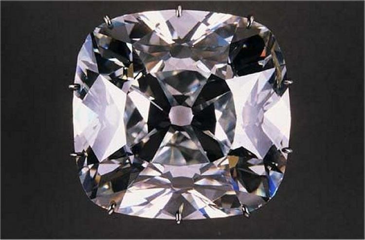image1-138 | Самые роковые бриллианты в истории