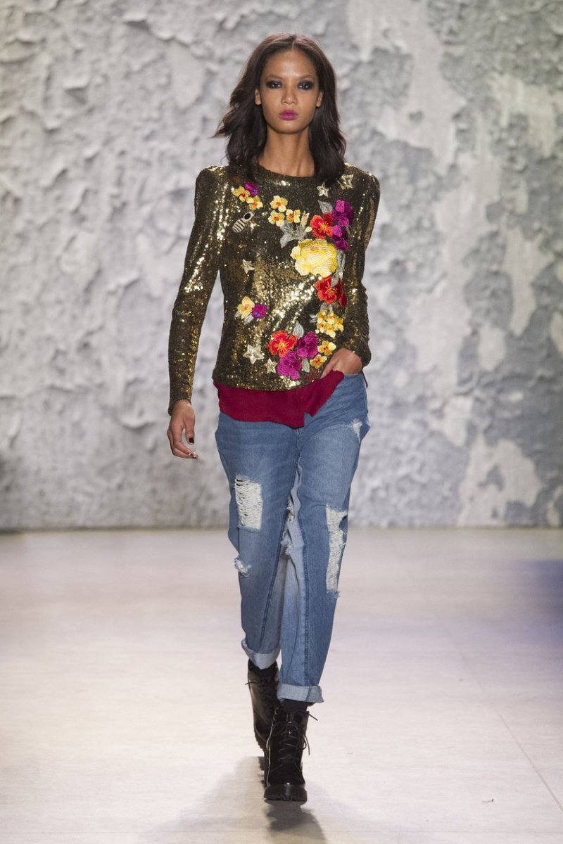 image1-229 | Модные женские джинсы сезона 2018
