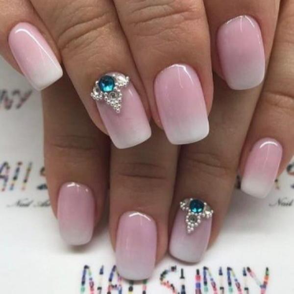 image12-34 | Красивые ногти с украшениями на весну-лето 2018