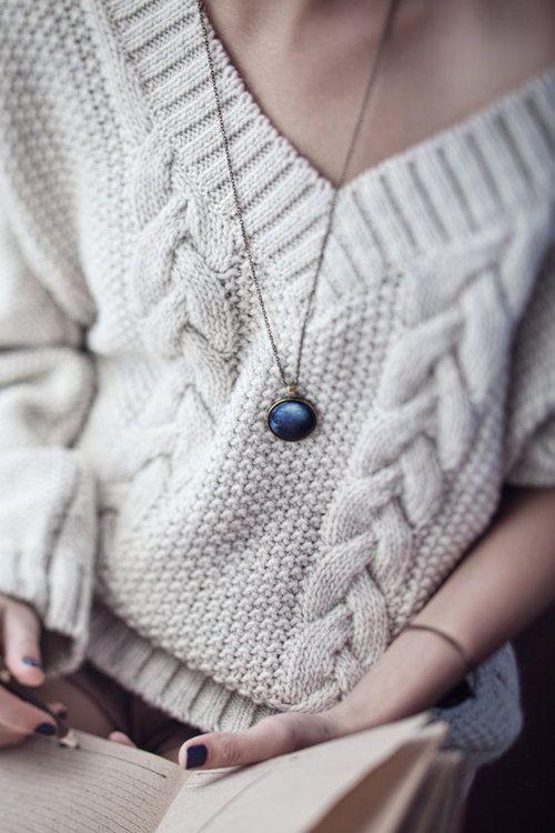 image2-87 | Будь в тренде: 7 моделей теплых свитеров, в которых уютно в любые холода!