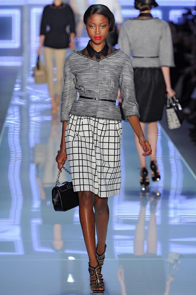 image7-67 | 20 стильных образов с юбкой и жакетом для деловых леди