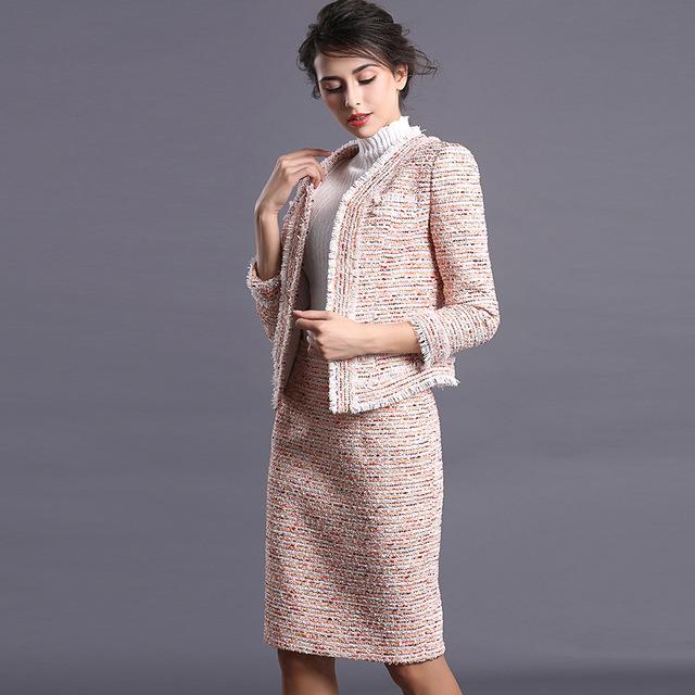 image8-61 | 20 стильных образов с юбкой и жакетом для деловых леди