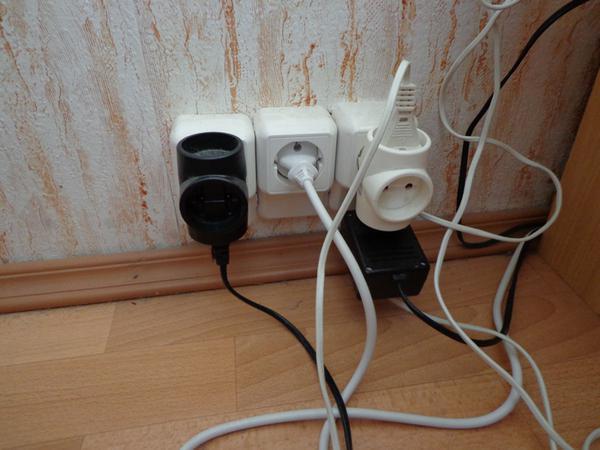 image1-43 | Нужно ли вынимать из розетки зарядные устройства, если они не используются?