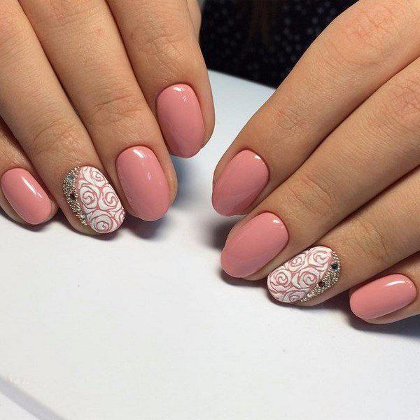 image10-67   Модный маникюр с дизайном на короткие ногти