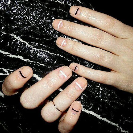 image3-20   Маникюр для отрастающих ногтей: варианты, которые подойдут всем!