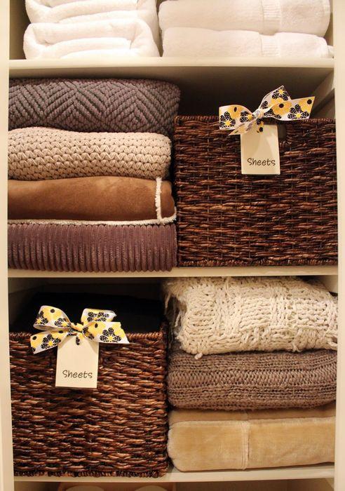 image10-82 | Как правильно складывать вещи и белье в шкафу, чтобы они занимали меньше места