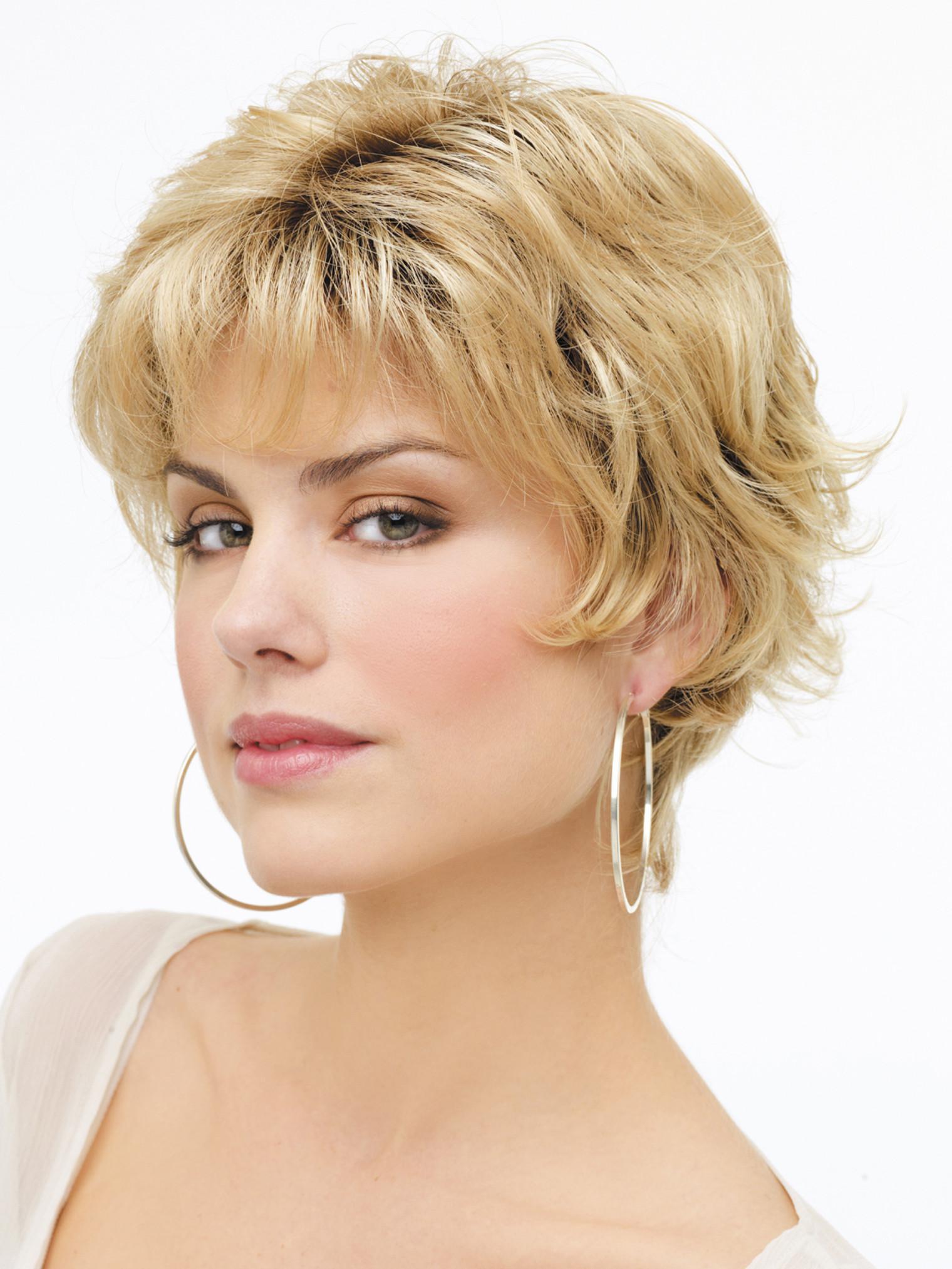 image11-94 | Модные женские стрижки на короткие волосы: основные правила и варианты исполнения