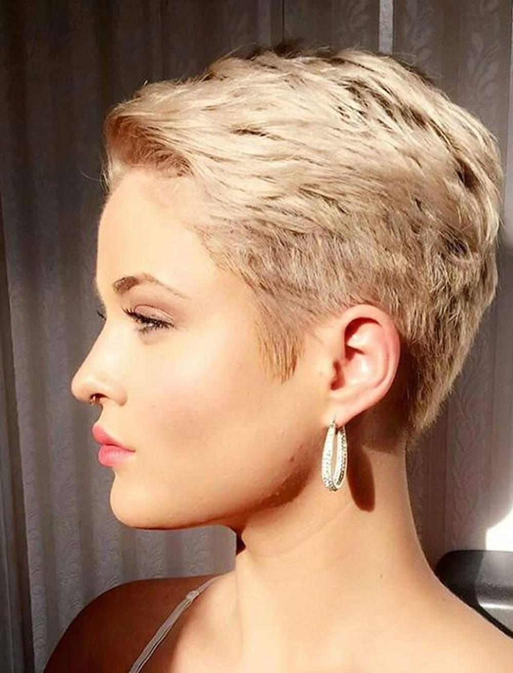 image48-5 | Модные женские стрижки на короткие волосы: основные правила и варианты исполнения