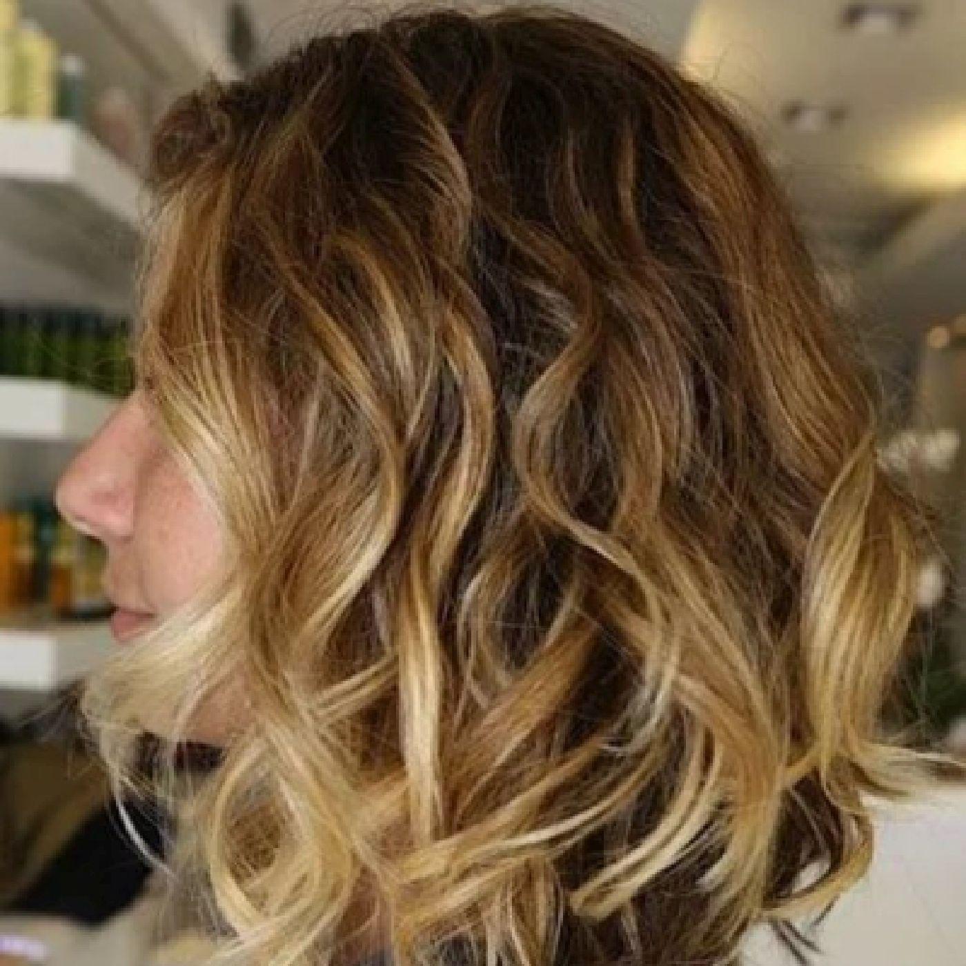 image54-2   Брондирование волос: описание, виды, техника выполнения для любой длины и цвета волос
